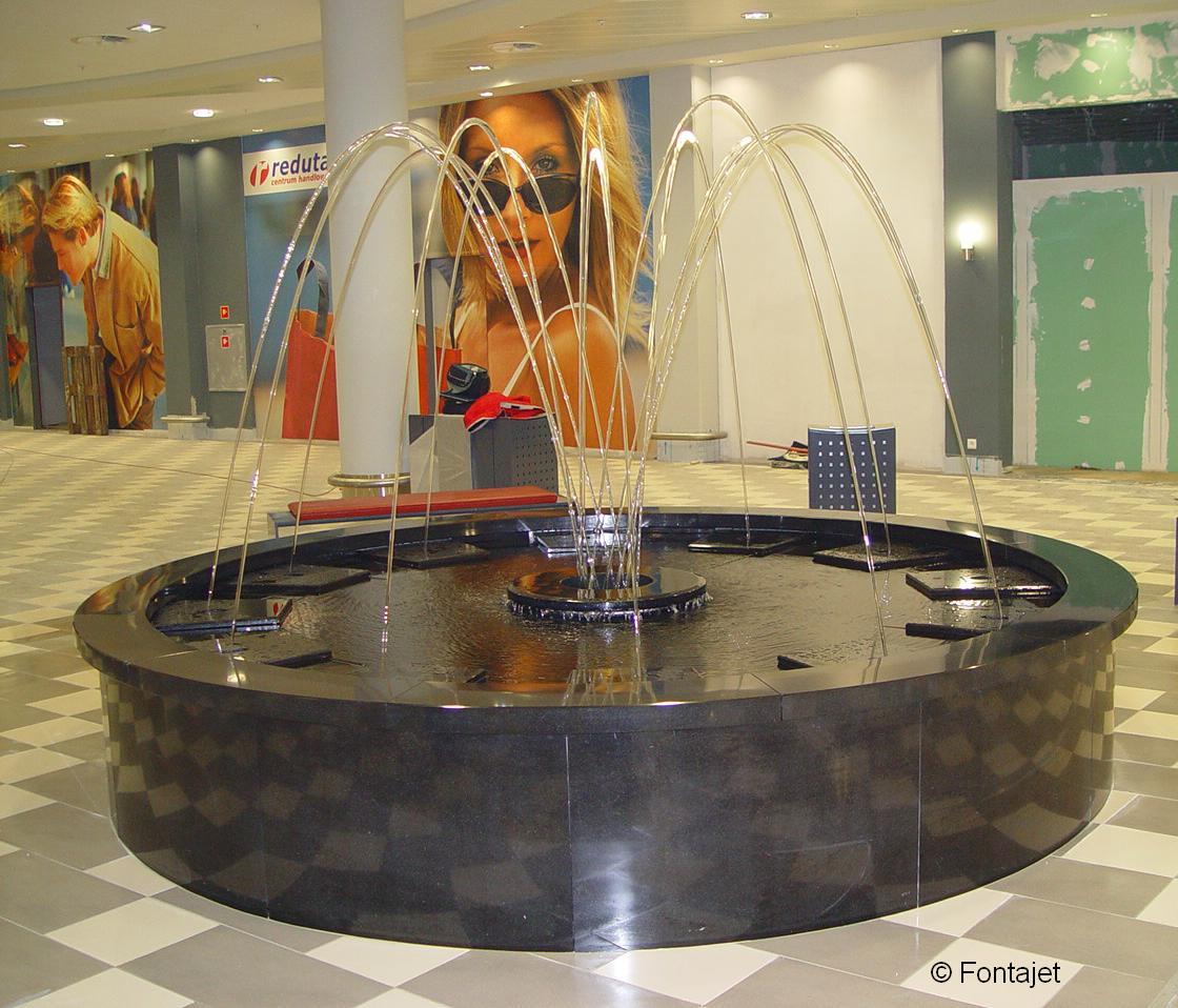 vasque avec jet d eau Accueil d entreprise Fontaine en granit avec 12 canons d eau programmés u2013  Centre commercial ...